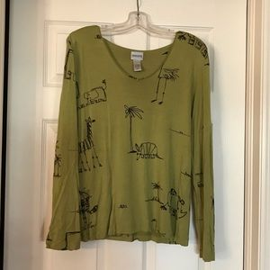 Chico's long sleeve African animal shirt sz 2 (m)